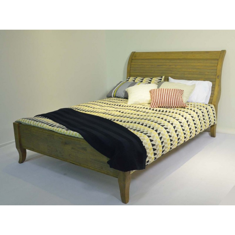 Apollo (C14-0622) Queen Bed